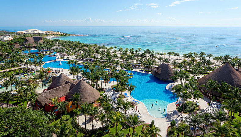 Barcelo Maya Colonial & Tropical Beach