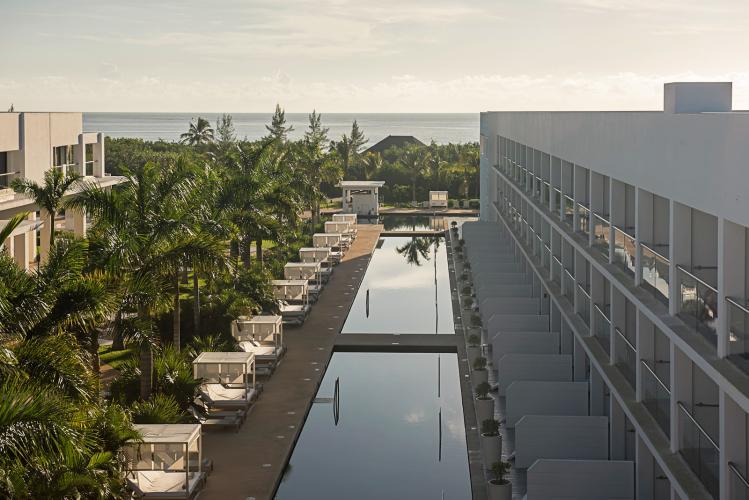 Platiunum Yucatan Princess All Suites Amp Spa Travel By Bob