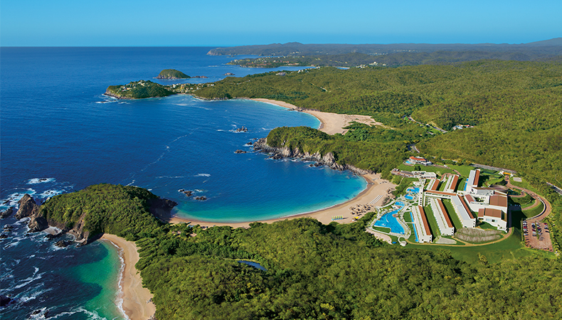 HUATULCO SALE: Secrets Huatulco Resort & Spa & Dreams Huatulco Resort & Spa