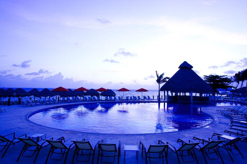 Temptation Resort Spa Cancun | Travel By Bob