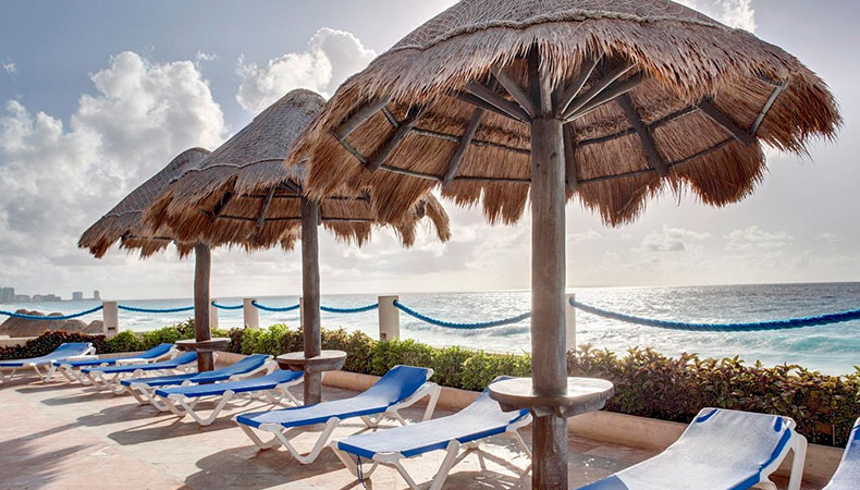 Barcelo Tucancun Beach All Inclusive Package | Travel By Bob