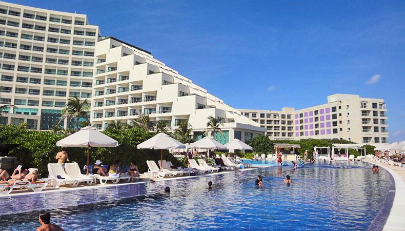 live aqua cancun travel by bob