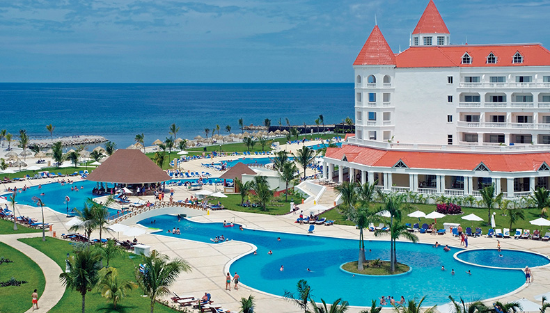 Luxury Bahia Principe Runaway Bay, Don Pablo Collection