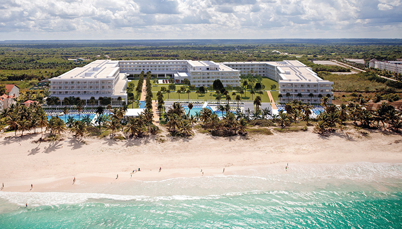 RIU Opens Brand New RIU Republica in Punta Cana!