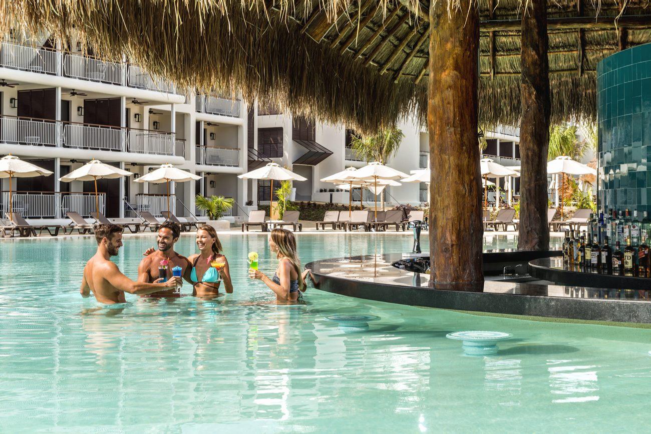valentin imperial maya resort map with Ocean Riviera Paradise on 635 further Luxury Bahia Principe Fantasia together with Grand Bahia Pricipe Tulum additionally Vik Hotel Arena Blanca Cayena Beach additionally Azul Sensatori Resort.
