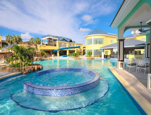Jewel Paradise Cove Resort & Spa